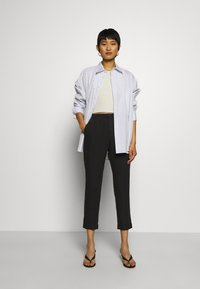 Hope - KRISSY EDIT TROUSER - Trousers - black - 1