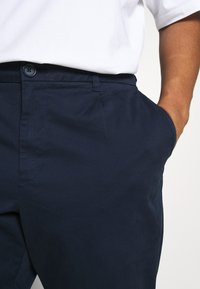 Only & Sons - ONSCAM - Chinos - dress blues - 5