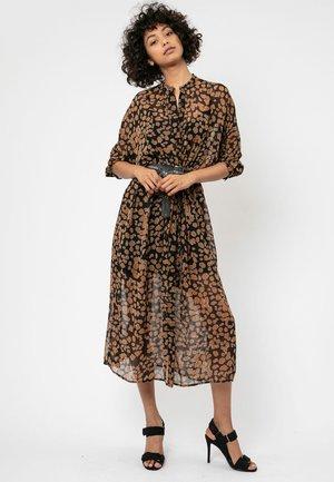 DUSK - Robe chemise - brown