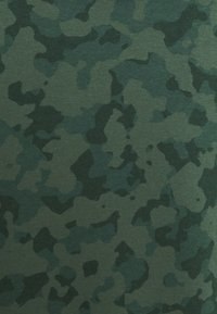Nike Sportswear - CLUB HOODIE CAMO - Sweatshirt - galactic jade/white - 5