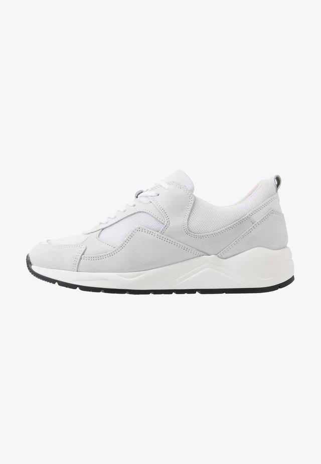 BIADAKOTA - Sneakersy niskie - white