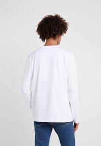 Tonsure - DAVID - Langærmede T-shirts - white copenhagen teddy - 2