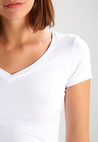 G-Star - BASE - T-Shirt basic - white - 4