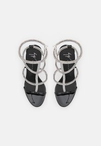 Giuseppe Zanotti - High heeled sandals - tinta passante/nero - 4