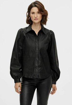 LANGARM YASMILJA - Button-down blouse - black