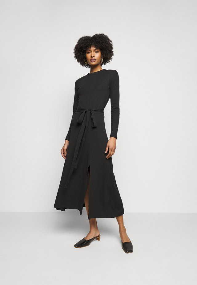 LONGSLEEVE DRESS - Sukienka dzianinowa - black
