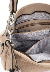 SURI FREY - ROMY - Handbag - sand 420 - 3