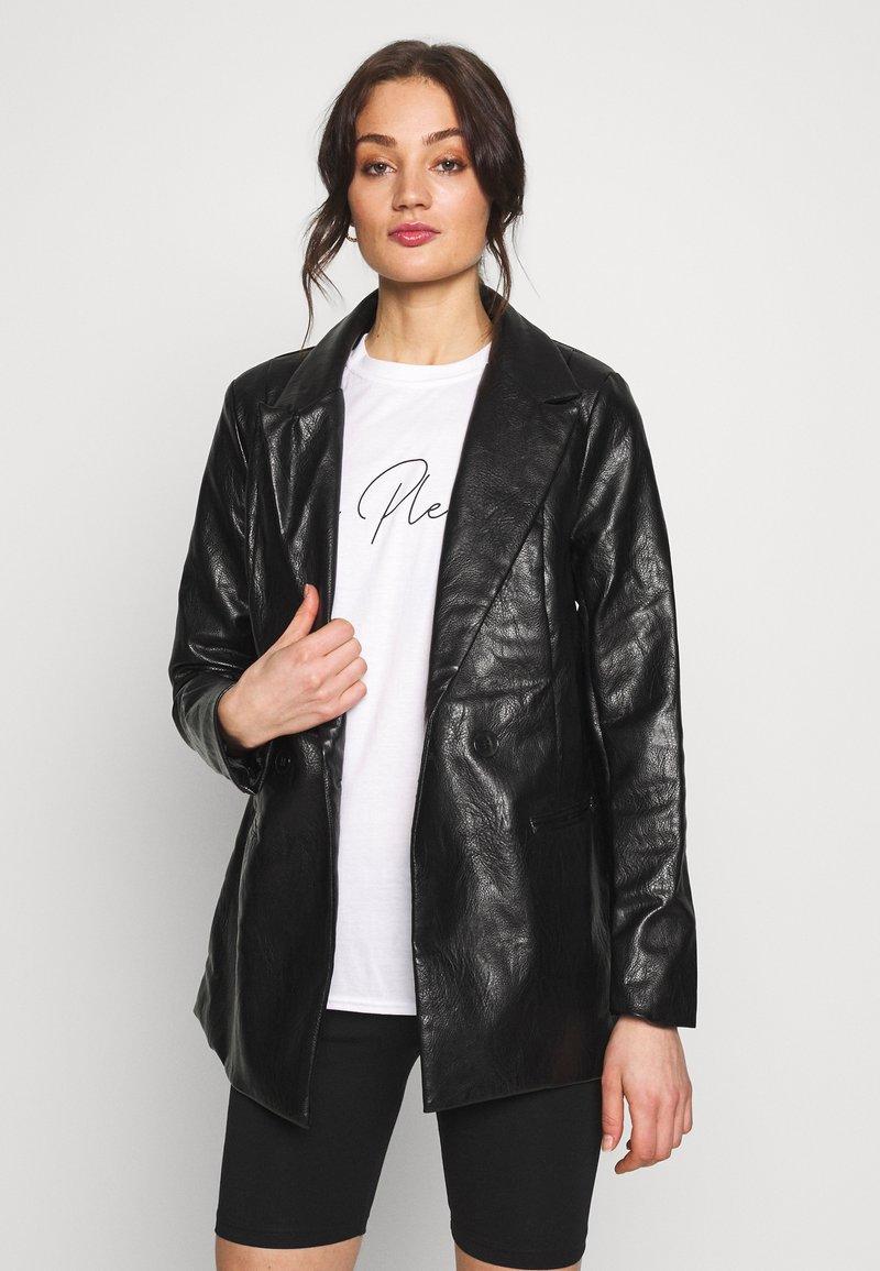 Missguided - Short coat - black