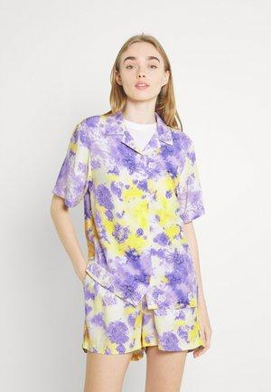 SMALL SIGNATURE PAISLEY RESORT  - Camicia - lilac