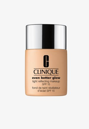 EVEN BETTER GLOW SPF15 MAKEUP  - Foundation - CN40 cream chamois