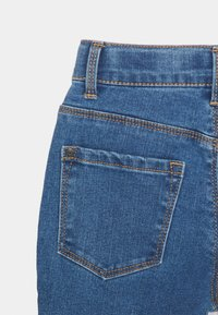 Name it - NKFROSE DNMCEC MOM PANT - Relaxed fit jeans - medium blue denim - 3