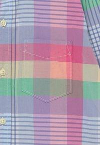 GAP - BOY  - Shirt - spring pink - 2