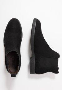 Zalando Essentials - Classic ankle boots - black - 1