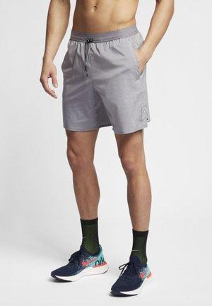 M NK FLX STRIDE SHORT 7IN 2IN1 - Sports shorts - gunsmoke/heather/thunder grey/metallic silver