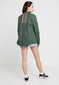 Roxy - FREEDOM FALL - Summer jacket - duck green - 2