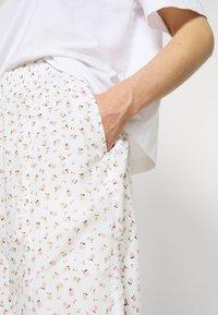 Levi's® - DREW PANTS - Pantalon de survêtement - tofu - 3