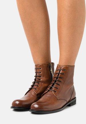 AZALEA - Lace-up ankle boots - ginger gianduia