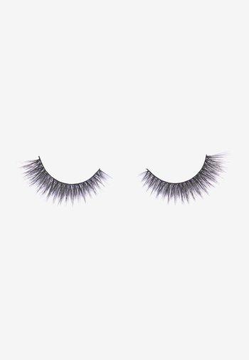 REVOLUTION X CATWOMEN LASH - False eyelashes - -