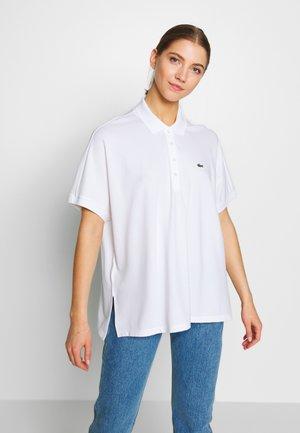 MIT KIMONO-ÄRMELN  PF6181 - Polo shirt - white
