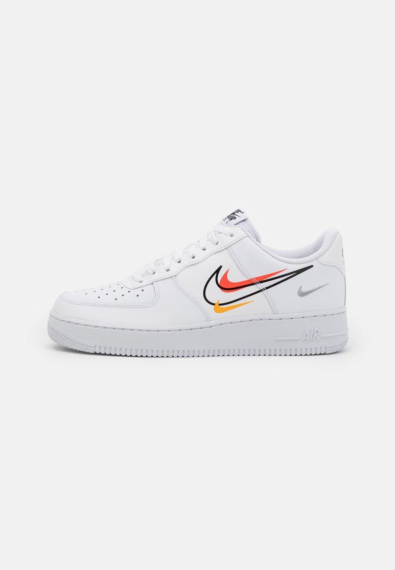 Nike Sportswear - AIR FORCE 1  - Matalavartiset tennarit - white/black/team orange/university gold/smoke grey