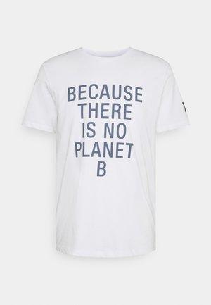 NATAL CLASSIC BECAUSE MAN - Camiseta estampada - white