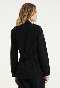 DreiMaster - Short coat - schwarz - 2