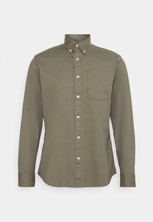 SLHREGRICK FLEX - Shirt - aloe