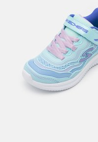 Skechers - JUMPSTERS - Trainers - aqua/purple - 5