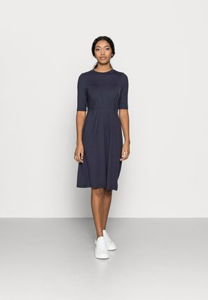 VMNAVA O-NECK DRESS - Jersey dress - night sky