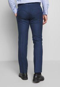 Ben Sherman Tailoring - BRIGHT FLECK SUIT SLIM FIT - Kostym - blue - 5