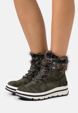 Winter boots - khaki