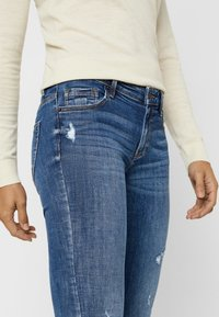 Vero Moda - VMLYDIA LOW WAIST - Jeans Skinny Fit - dark blue denim - 3