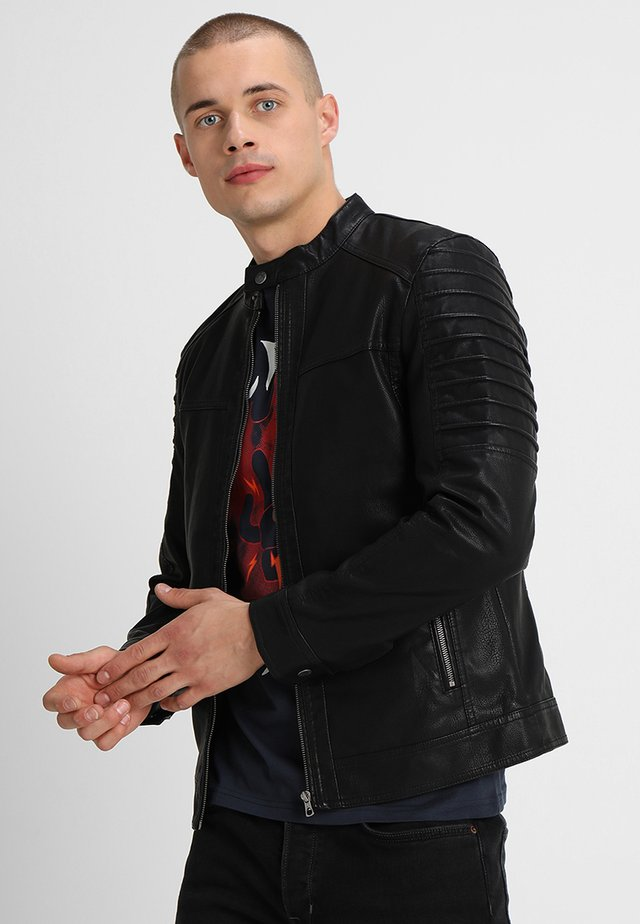 ONSSACHO - Veste en similicuir - black