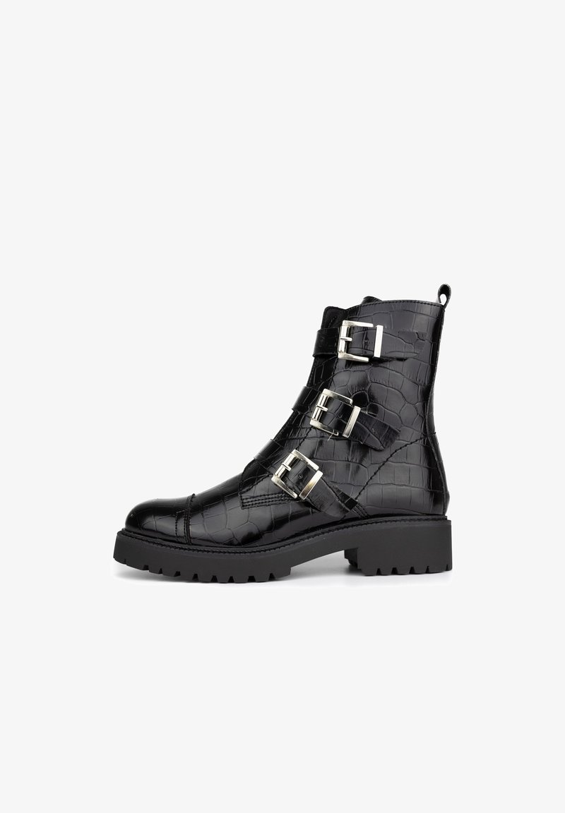 Maria Barcelo - Cowboy/biker ankle boot - black