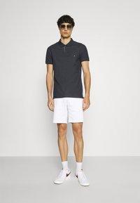 Tommy Hilfiger - CONTRAST PLACKET SLIM  - Polo shirt - desert sky - 1