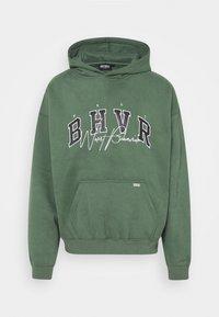 WRSTBHVR - HOODIE CRUSH - Sweatshirt - green - 4