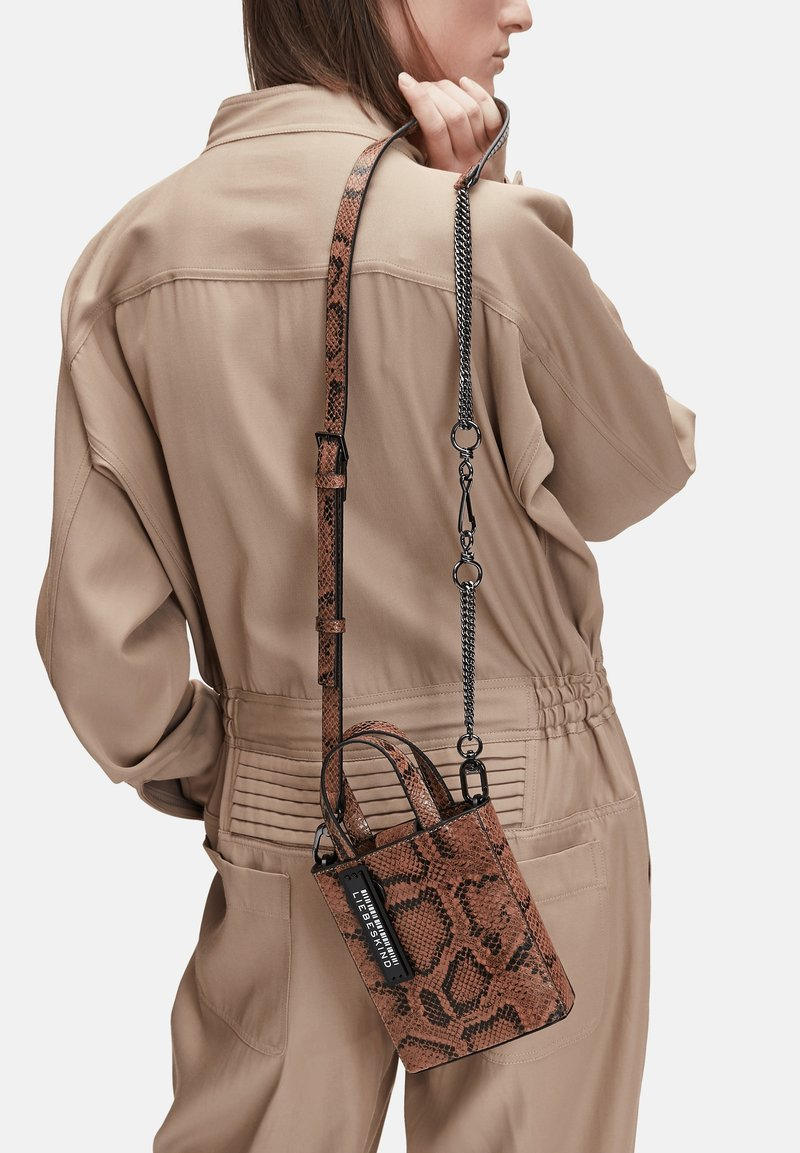 Liebeskind Berlin - SNAKE FANCY  - Other accessories - light brown