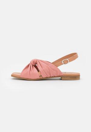 Sandaalit nilkkaremmillä - ash rose