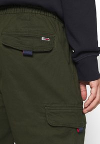 Tommy Jeans - JOGGER - Cargo trousers - dark olive - 4