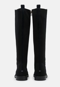 Tommy Hilfiger - ESSENTIAL FLAT LONG BOOT - Boots - desert sky - 3