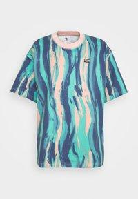 adidas Originals - TEE UNISEX - Print T-shirt - vapour pink/multicolor - 5