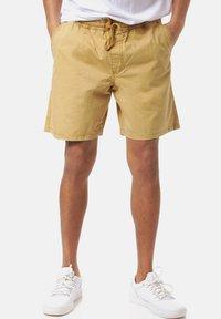 Vans - RANGE SALT WASH - Shorts - dried tobacco - 0