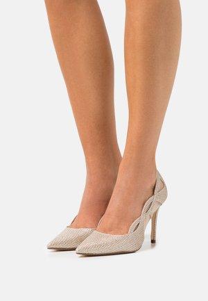 BRISTAL - Classic heels - gold