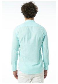 Auden Cavill - Formal shirt - tã¼rkis - 1