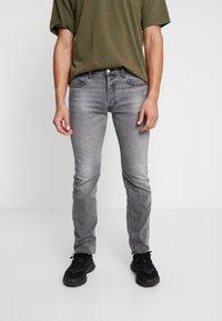 Levi's® - 501® LEVI'S®ORIGINAL FIT - Jeans straight leg - high water - 0