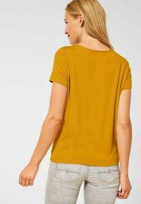 Street One - KNOTEN DETAIL - Print T-shirt - gelb - 2