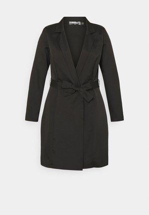 PLUS BASIC WRAP BLAZER - Krátký kabát - black