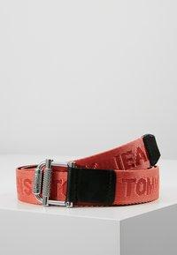 Tommy Jeans - WEBBING BELT 3.5 - Belt - multi - 0