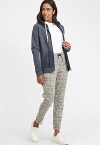 Oxmo - MATILDA - Zip-up hoodie - ins bl mel - 1
