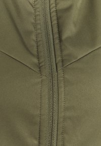 Nike Golf - WARM FILLED VEST - Kamizelka - medium olive/orewood - 3